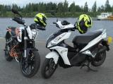 KTM ja Honda skootteri (50 cm3)